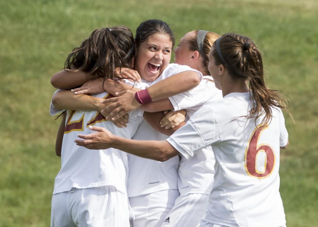 Iona Women's Soccer